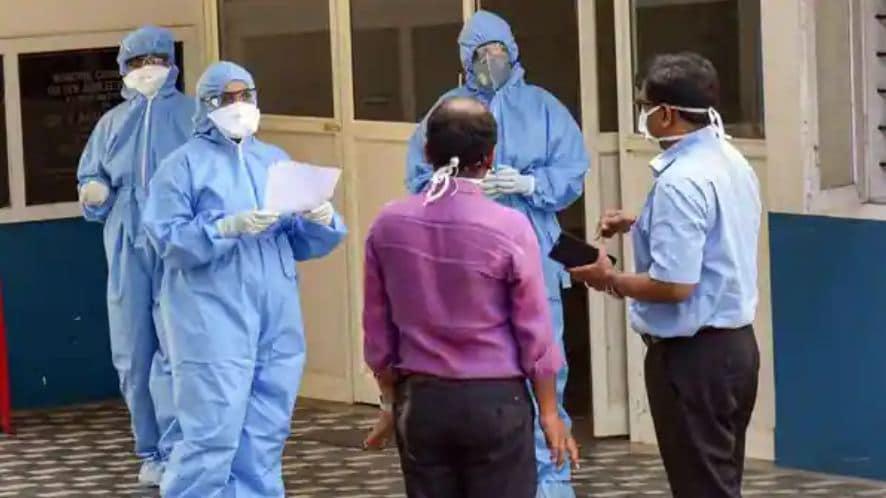 করোনায় মৃত্যু: সোমবার ২৪ ঘণ্টায় করোনায় (Coronavirus) মৃত্যু সংখ্যা ৩৫৪। ফাইল ছবি : পিটিআই (PTI)