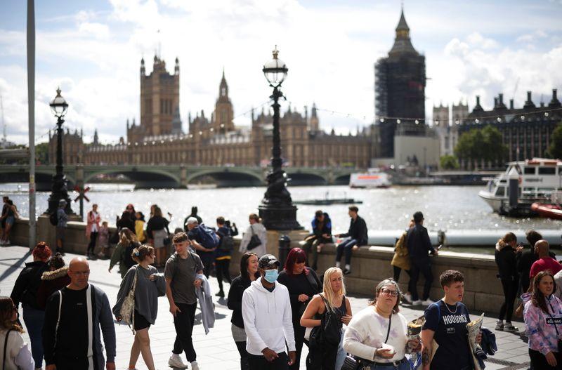 দ্বিতীয় স্থানে লন্ডন। লন্ডনে প্রতি বর্গমাইলে গড়ে ১,১৩৮টি সিসিটিভি। ফাইল ছবি : রয়টার্স (REUTERS)