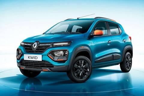 Renault KWID: এই সেগমেন্টে সবচেয়ে আকর্ষণীয় ডিজাইন ফরাসি সংস্থা রেনল্টের KWID-এর। ছোট আকারের মধ্যেই এতে রয়েছে কমপ্যাক্ট SUV-এর ছায়া। এর দাম অন্যান্যগুলির থেকে কিছুটা বেশি। মাইলেজ : ২২.৩ kmpl । দাম : ৪.০৬-৫.৫৯ লক্ষ টাকা।
