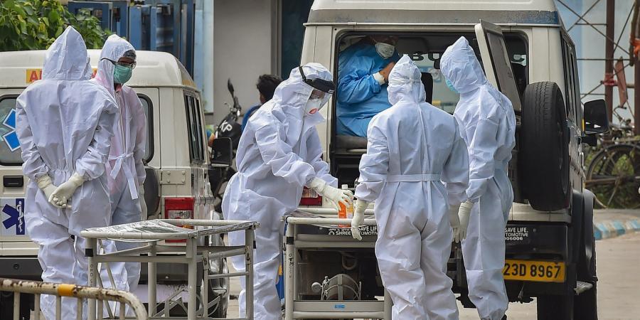 করোনায় মৃত্যু: সোমবার ২৪ ঘণ্টায় করোনায় (Coronavirus) মৃত্যু হয়েছে ২৬৩ জনের। ফাইল ছবি : পিটিআই (PTI)