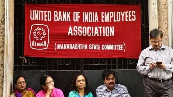 Trade unions in India go on strike as slowdown hits jobs