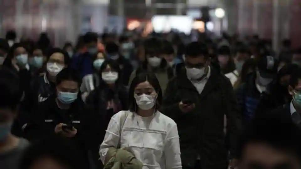<p>Covid-19 outbreak leads to Hong Kongers making own masks amid shortages</p>