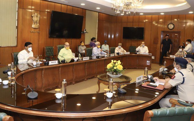 <p>Home Minister expresses concern over rising Covid-19 cases in Central Armed Police Forces</p>