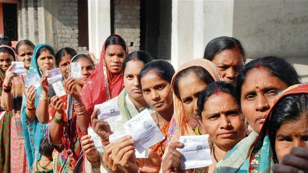 Bihar poll updates: Why give chance to a CM who didn't give jobs, asks Tejashwi