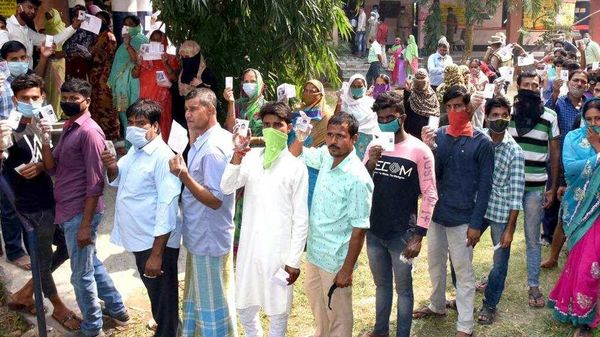 Bihar Poll Updates: Polling percentage stands at 53.51% in second phase