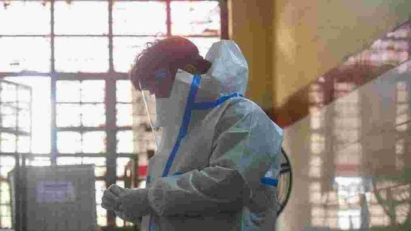 Highlights: Delhi reports 384 fresh coronavirus cases in last 24 hours