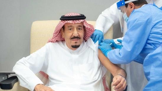 Saudi King Salman bin Abdulaziz gets a dose of a coronavirus disease (Covid-19) vaccine in Neom, Saudi Arabia, January 8, 2021. (Reuters)