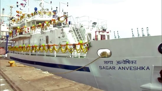 """""""We are developing the capability in which scientists can go deep in the ocean beyond three kilometers and they can be there for almost 16 hours"""" Dr Harsh Vardhan said. In picture - new coastal research vehicle Sagar Anveshika.(ANI)"""
