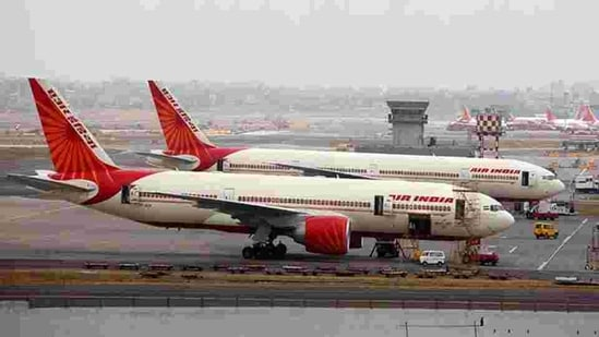 The Indian state-owned carrier has been seeking a buyer for some time now as the government wants to divest its 100 per cent stake in Air India and budget carrier AI Express.(HT File Photo)