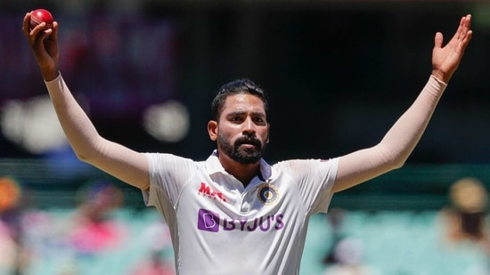India's Mohammed Siraj gestures in frustration during play on day four of the third cricket test between India and Australia at the Sydney Cricket Ground, Sydney, Australia, Sunday, Jan. 10, 2021. (AP)