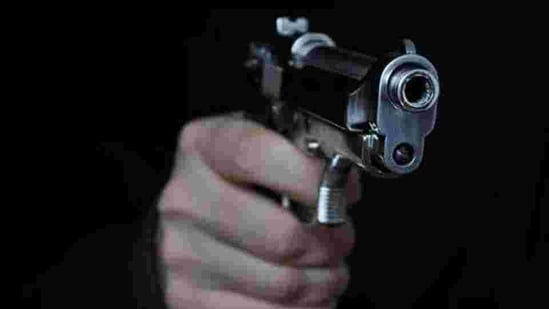 The victim said the robbers took away 30gm gold jewellery, his licensed revolver, a mobile phone and keys of his SUV.(Getty Images/iStockphoto)