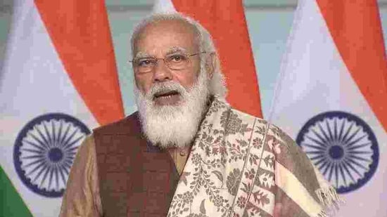 Modi hailed the two made-in-India vaccines that have received emergency use authorisation from the Drug Controller General of India — Serum Institute of India's Covisheld and Bharat Biotech International's Covaxin — as a matter of pride for India because the country doesn't have to depend on expensive, imported antidotes to the viral disease.(HT Photo)