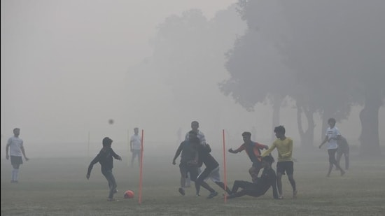 High air pollution levels have been associated with adverse cardiovascular, respiratory, and mortality outcomes. (File photo)
