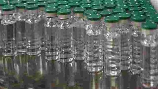 मंगलवार को लगभग 700,000 कोविशिएल्ड वैक्सीन कोलकता पाऊंचाई जाएगी