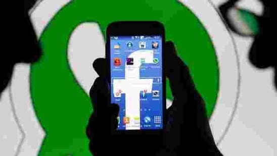 Many users are in a mood to ditch WhatsApp and switch to Signal.(Reuters)