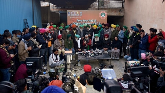 Farmer leaders address a press conference during the ongoing protest against the new farm laws, at the Singhu border in New Delhi on Tuesday.(ANI Photo)