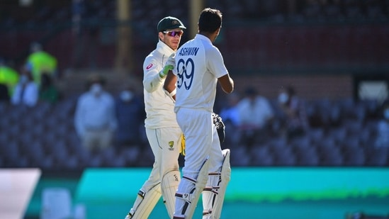 Australia's captain Tim Paine (L) greets India's Ravichandran Ashwin at the end of the third cricket Test match.(AFP)