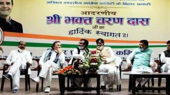 Bhakta Charan Das meeting senior Congress leaders in Patna (Photo@INCBihar)