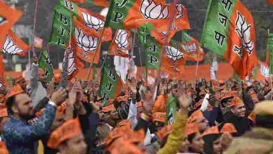 BJP had been looking for local support in the Darjeeling hills after the Gorkha Janmukti Morcha (GJM) switched allegiance to West Bengal's ruling party, TMC.(Representational image/HT PHOTO)