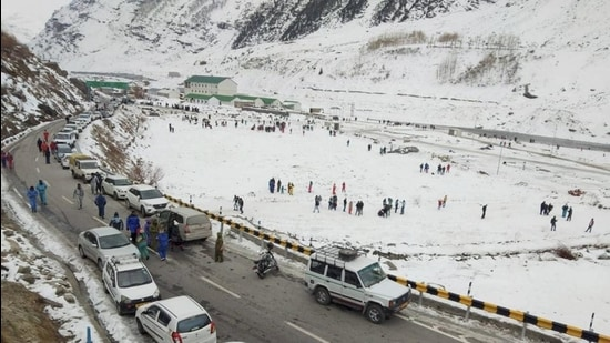 Tourists visit snow-covered fields near Atal Tunnel in Sissu, Lahaul-Spiti late in 2020. (File photo)