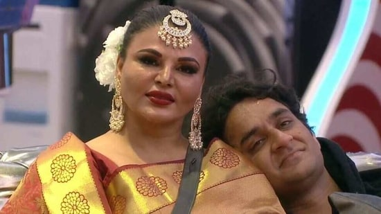 "Rakhi Sawant calls Vikas Gupta, her ""bhai"" on the show,(Colors)"