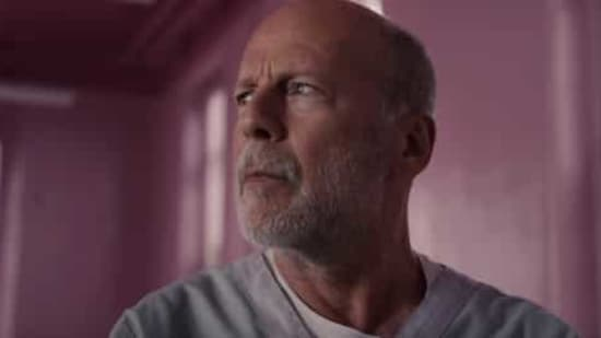 Bruce Willis visited a pharmacy in Los Angeles on Monday but did not wear a mask.