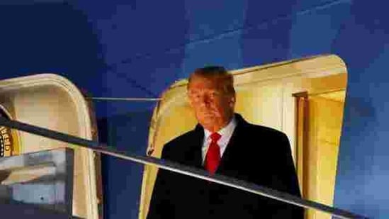 U.S. President Donald Trump disembarks from Air Force One at Joint Base Andrews in Maryland, after visiting the U.S.-Mexico border wall in Harlingen, Texas, U.S., January 12, 2021. REUTERS/Carlos Barria(REUTERS)