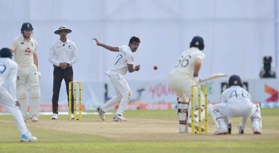 Dilruwan Perera bowls on Day 1 against England(Special arangements)