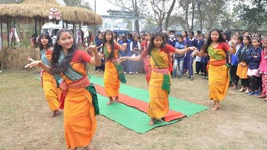Students perform traditional Bodo dance ahead of 'Bhogali' Bihu festival, in Tezpur, Jan.12, 2021. (Representational)(PTI)