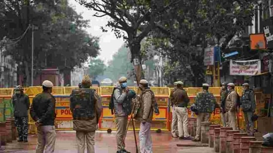 The submissions of the police came in response to a plea by two AAP leaders, challenging the denial of permission by the police to hold protests outside the homes of Shah and Baijal. (Representative Image)(Sanchit Khanna/HT Photo)