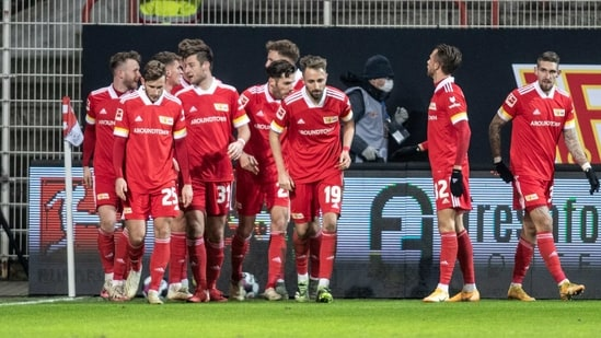 Soccer Football - Bundesliga - 1. FC Union Berlin v Bayer Leverkusen - Stadion An der Alten Forsterei, Berlin, Germany - January 15, 2021 1. FC Union Berlin players after the match Pool via REUTERS/Andreas Gora DFL regulations prohibit any use of photographs as image sequences and/or quasi-video(Pool via REUTERS)