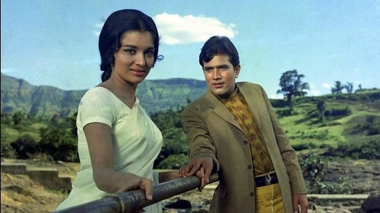Rajesh Khanna and Asha Parekh in a still from the runaway 1971 hit Kati Patang. The story, of a young woman pretending to be someone she isn't, was written by Gulshan Nanda.