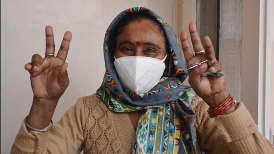 Saroj Bala, 40, has been working as a sanitation worker for 20 years. (Sant Arora /HT)