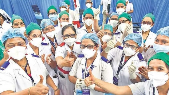 The beneficiaries on Saturday included some of the leading doctors of Delhi who volunteered to take the first jab at various centres to build confidence about the two vaccines among the healthcare workers and the general public.(HT_PRINT)