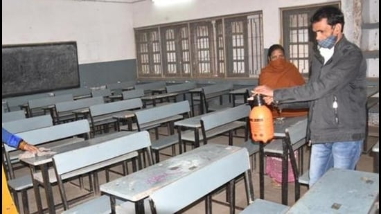 This comes at the backdrop of the Maharashtra government allowing schools to reopen on January 27 for physical sessions for students of classes 5 to 8 (Pic for representation)