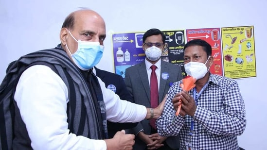 Defence minister Rajnath Singh at a hospital in Lucknow during the Covid-19 immunisation drive. (@rajnathsingh/Twitter Photo )