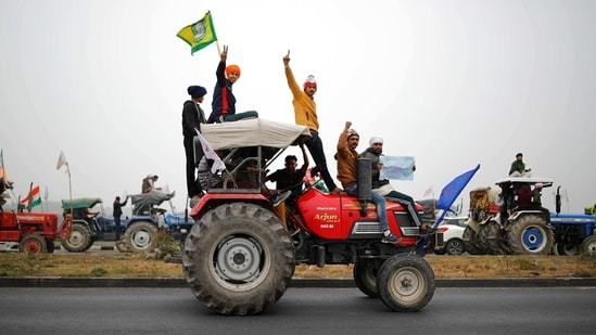 Farmers participate in a tractor rally to protest against the newly passed farm bills at Singhu border near New Delhi. (Representative Image)(REUTERS)