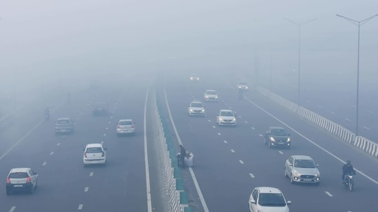 Due to dense fog in Delhi and adjoining states on Sunday morning, around 26 trains travelling in and around the national capital were delayed.(Raj K Raj / HT Photo)