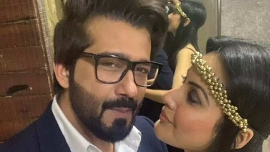 Kamya Panjabi married Shalabh Dang last year.(Twitter)