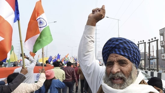 The farm unions representing tens of thousands of farmers, mainly from Punjab and Haryana, have launched a mass agitation on the borders of the national capital.(PTI)