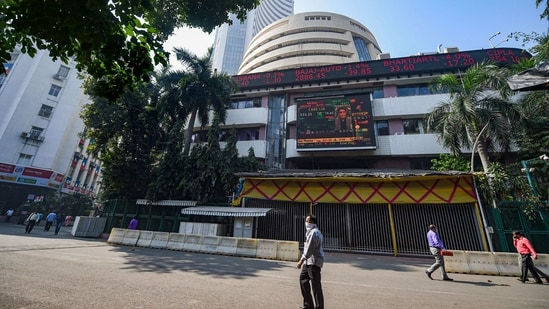 Foreign investors bought $2.4 billion worth of Indian stocks in the first two weeks of this month after investing the most since 2012 last year. (PTI PHOTO)