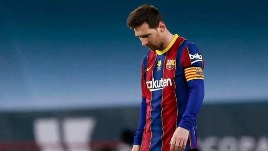 Barcelona's Lionel Messi looks dejected(REUTERS)