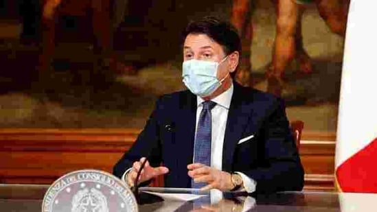 In his speech Conte, who's heading his second government, sought to win over pro-European centrists, unaffiliated lawmakers and senators from Renzi's Italy Alive party.(REUTERS)