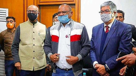 Members of Supreme Court-constituted committee (L to R) Ashok Gulati, Anil Ghanwat and Pramod Kumar Joshi interact with the media in New Delhi on Tuesday. (HT photo)