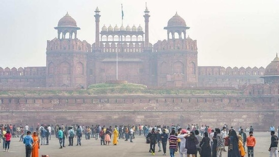 Following the letter from Delhi government's animal husbandry unit, the Archeological Survey of India issued an order to keep Red Fort shut for visitors till Thursday (January 21).(PTI)