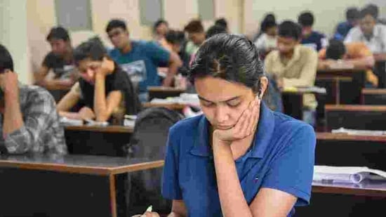 In a separate decision, the ministry waived of the 75%-mark eligibility criteria in class 12 exams for students seeking admission to central technical and engineering schools via JEE (Main).(HT Photo)