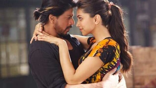 Shah Rukh Khan To Return To The Big Screen With Pathan Confirms Deepika Padukone Hindustan Times