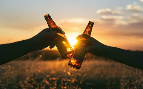 It is well known that people who drink a lot of alcohol regularly are at increased risk of developing heart failure, and heart failure can increase the incidence of atrial fibrillation.(Unsplash)