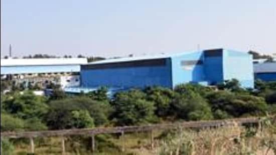 This facility, along the backwaters of Andra dam in Maval near Pune, is named Talegaon Electronic and Engineering City (TEEC). It is termed as the first electronic park in the state by MIDC officials. (HT PHOTO)