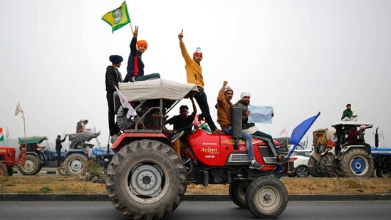 Farmers have rejected the committee formed by SC on the grounds that it is pro-government. (REUTERS)